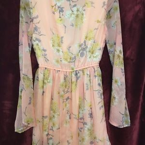 Band of Gypsies Dresses - Romantic dress offering soft pastel floral print.